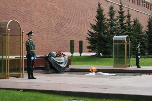 """Memorial architectural ensemble """"Tomb of the Unknown Soldier"""" / Мемориальный архитектурный ансамбль «Могила Неизвестного Солдата»"""