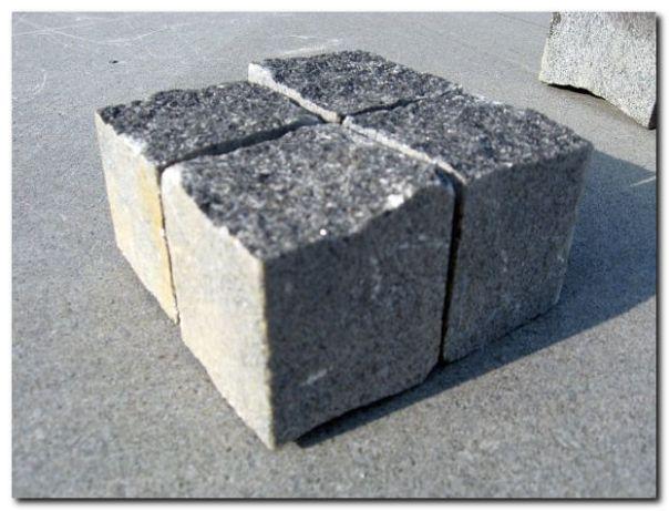 Paving stone / Sett / Брусчатка
